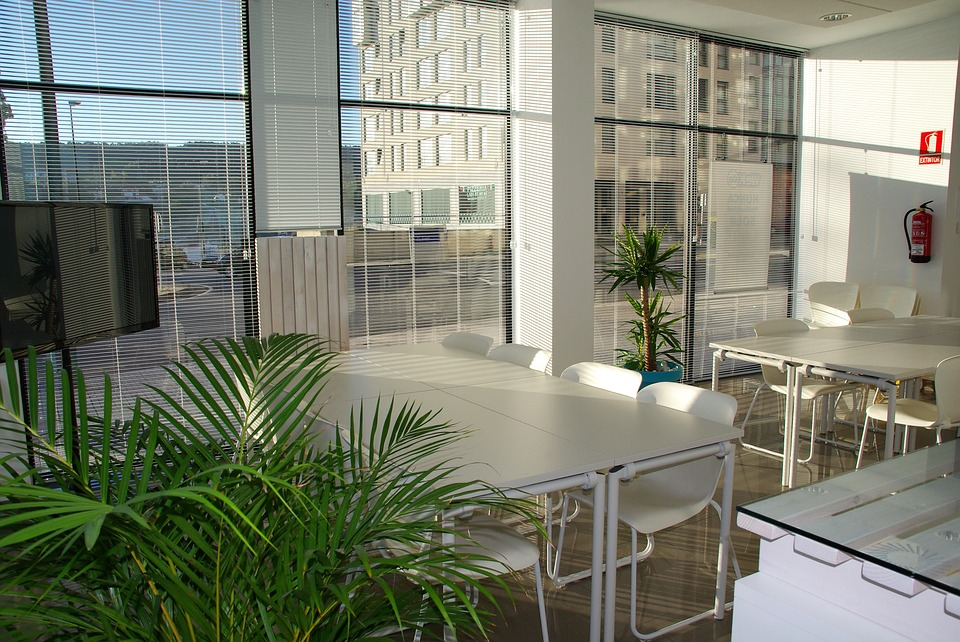 office-space-1744801_960_720