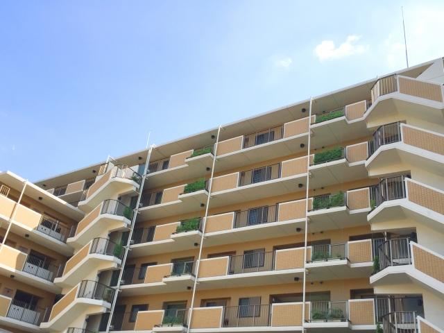 マンションなどの集合住宅では引越しのマナーが近隣とのお付き合いに影響する