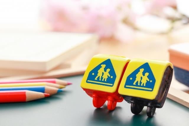 【日本はなぜ4月に学校・会社がは始まるのか?】