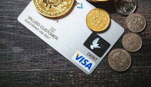 現金よりもクレジットカードやスマホ決済の方が良い点とは?キャッシュレス化によるメリットまとめ