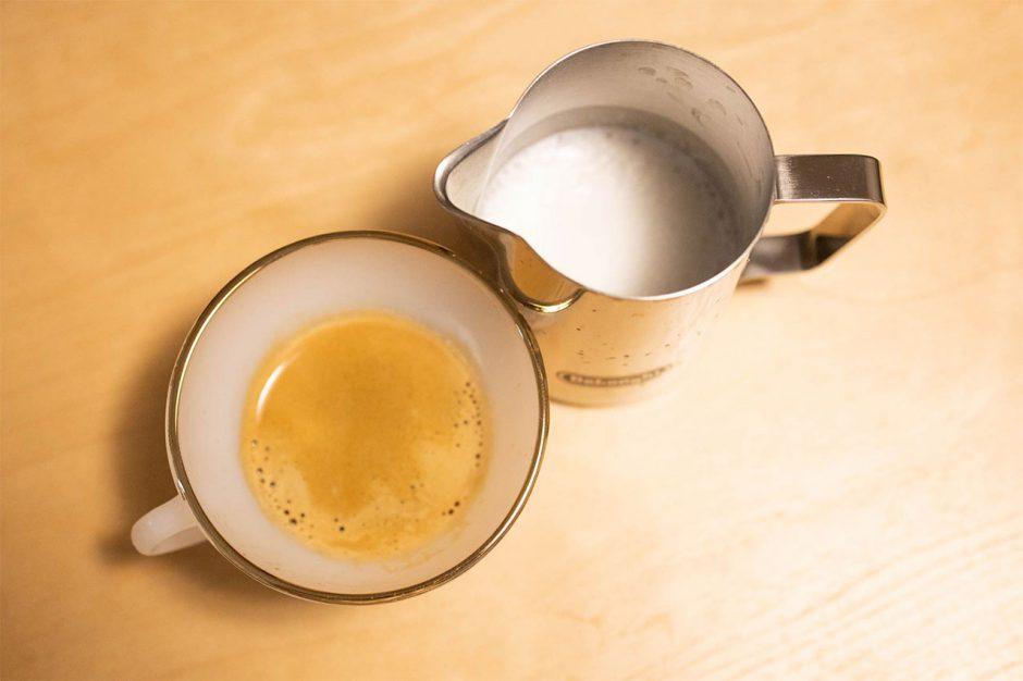 ドリップコーヒーとエスプレッソとアメリカーノの違い・カフェオレとカフェラテの違いについて
